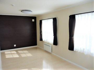 広い主寝室<br>12帖ある寝室に3帖のWICで収納抜群です。